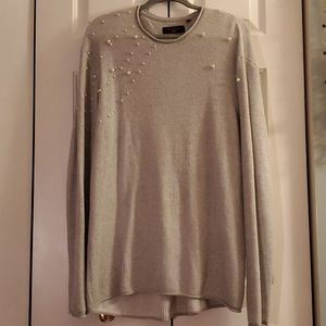 Large cozy sweater with pearls
